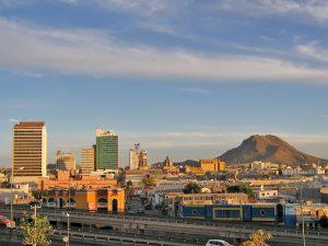 Chihuahua: Formarán clúster médico que atienda demanda extranjera